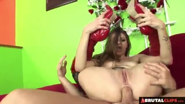 Rebel lynn gets her butt drilled doggystyle